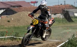 """""""Ariciu"""" a urcat pe podium în etapa a doua europeană de Supermoto!"""