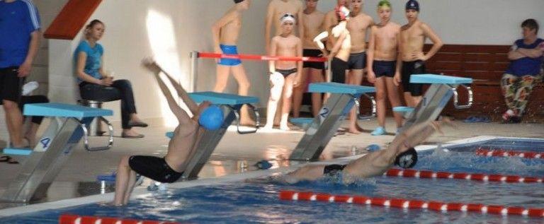 Înotătorii arădeni au urcat pe podium la Cupa Triton Sport