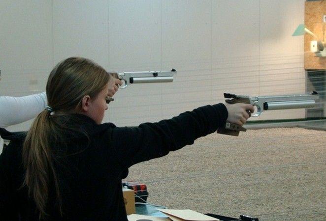 Pistolarii sunt în formă înaintea finalei naţionale de glonţ