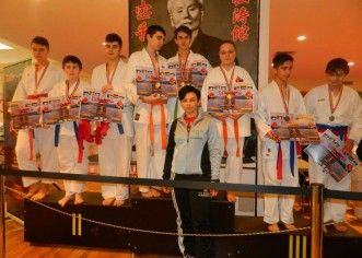 Salbă de medalii pentru karatiştii de la Bushido Vladimirescu