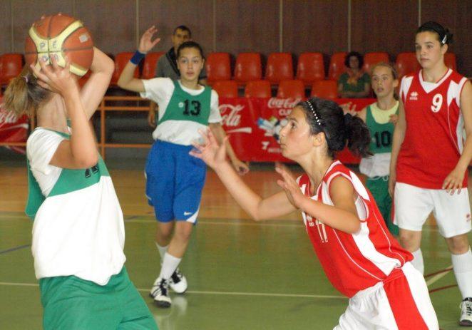 S-au desemnat semifinalistele în Cupa Sportsin la baschet