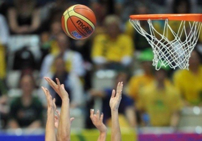 Nationala de tineret este batuta in toate meciurile, sub ochii antrenoarei Moni Brosovszky