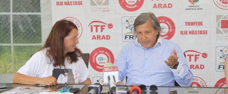 """Ilie Năstase a făcut spectacol la Arad: """"Doar la turnee de fete dau numele"""""""