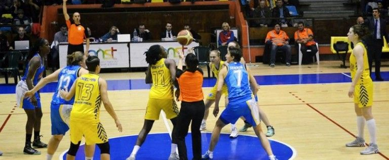 Univ.Goldiş ICIM încheie pe podium la final de sezon regulat