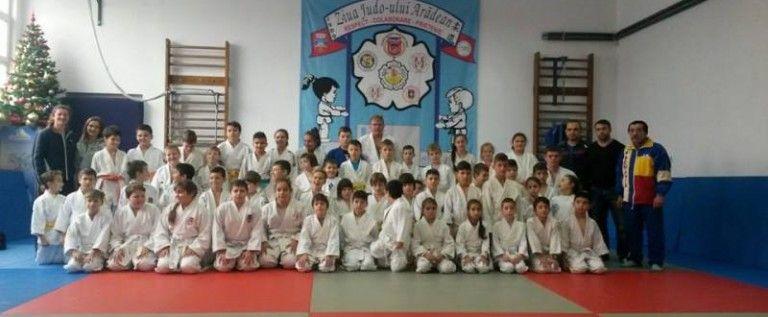 Stagiu de pregatire pentru micii judoka aradeni