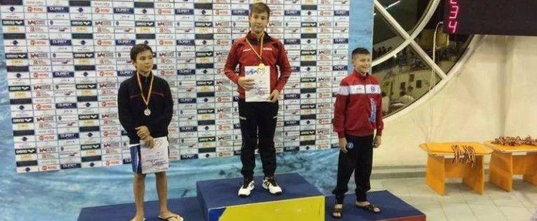 Inotatorul aradean Patrick Kugelman a obtinut doua medalii la nationale