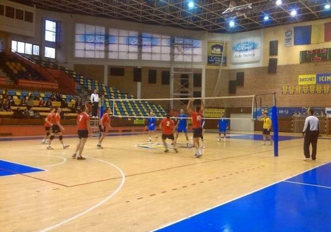 Doua meciuri pe teren propriu pentru ProVolei Arad