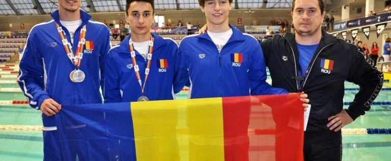 Înotătorii arădeni au urcat pe podiumul balcanic