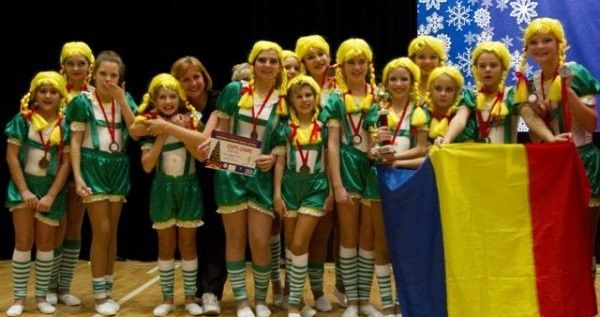 Festival internaţional de majorete la Arad