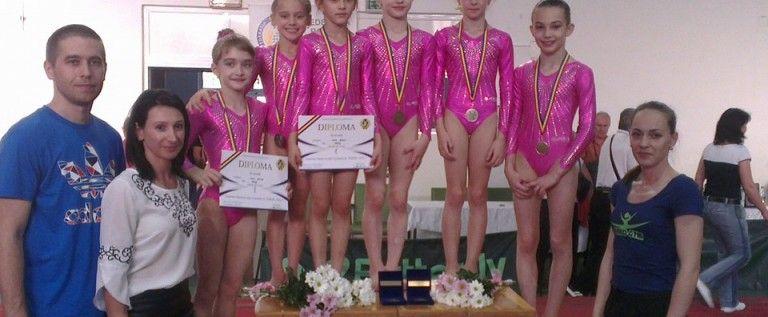Gimnastele arădene au urcat pe podiumul naţional