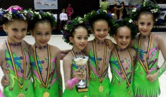 Gimnastele arădene au obţinut medalii pe covorul ritmicii