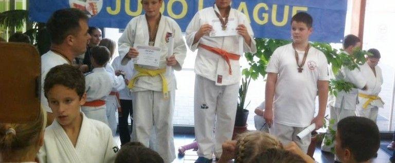 Judoka arădeni au urcat pe podium în Ungaria şi Austria
