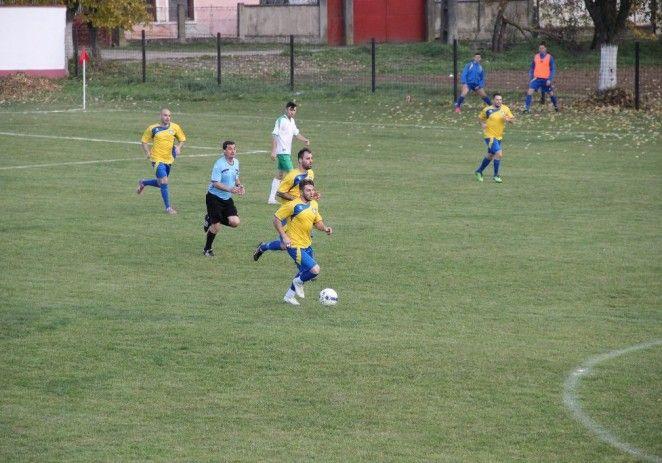 Sântana şi Pecica au făcut spectacol în etapa din Liga 4