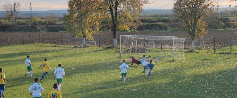 Remiză în derby, iar Crişul e campioană de toamnă în Liga 4 Arad
