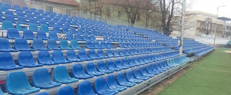 Campionatele Naționale de aruncări lungi debutează pe arena Gloria