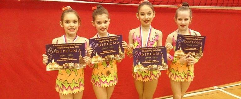 Gimnastele CSM-ului au impresionat pe covorul ritmicii, la Novi Sad