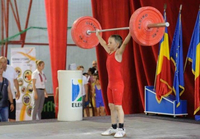 Halterofilii de la CSM Arad au avut o prestație remarcabilă la Cupa României
