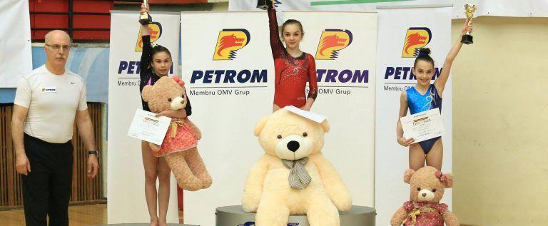Gimnastele CSM-ului au cucerit medalii pe litoral