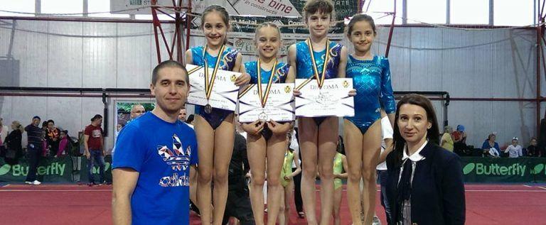 Micile gimnaste arădene au urcat pe podiumul naţional