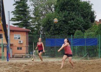 Start în sezonul de volei pe plajă! Aradul, între protagoniste