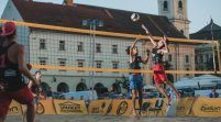 Fan Arad dă vicecampioana naţională la volei pe plajă