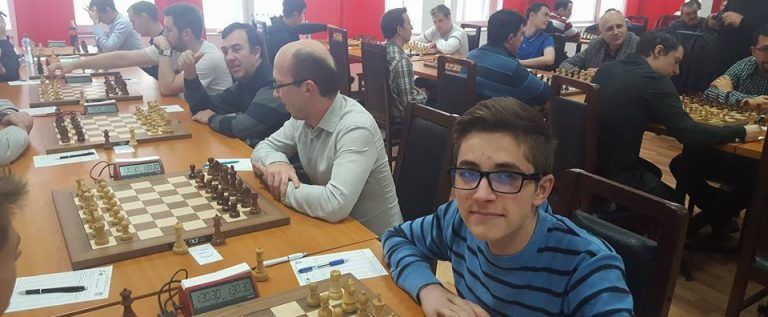 Vados Arad s-a clasat pe locul cinci în Superliga de şah