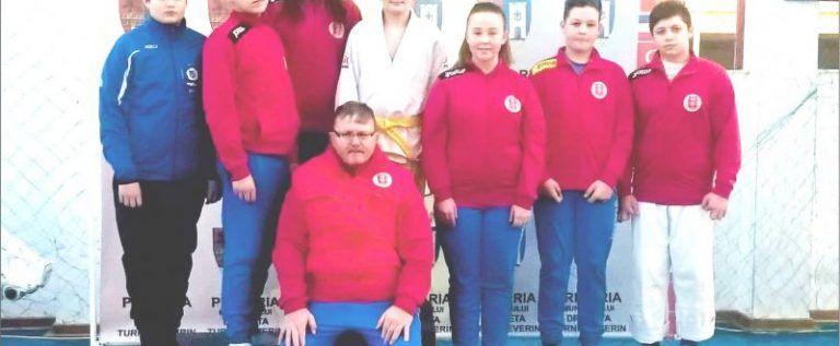 Judoka arădeni au cucerit medalii la Cupa Severinului