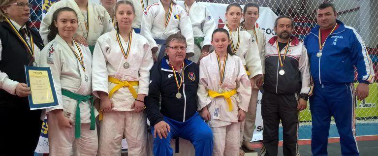 Două medalii arădene pe tatami, la Naţionalele juniorilor