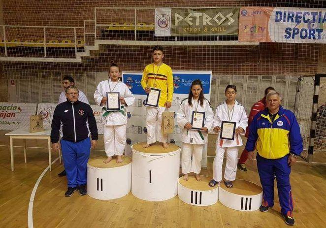Micii judoka arădeni au cucerit medalii naţionale pe tatami
