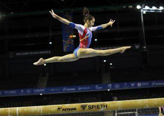 Gimnasta arădeană Olivia Cîmpian va reveni sub tricolor