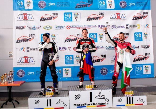 Arădeanul Robi Mureșan conduce în clasamentul European de Motociclism BMU