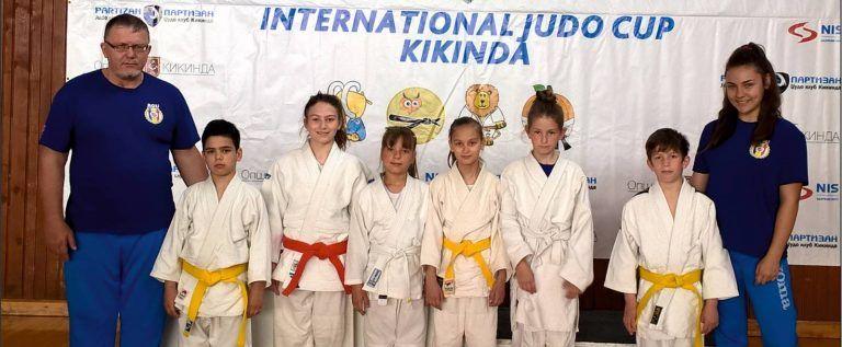 Micii judoka ai CSM-ului s-au remarcat la Kikinda