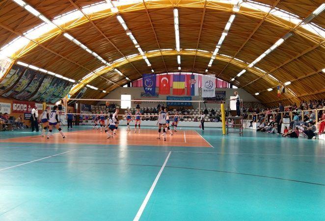 Titlu de vicecampioană națională la volei speranțe pentru Victoria Nădlac