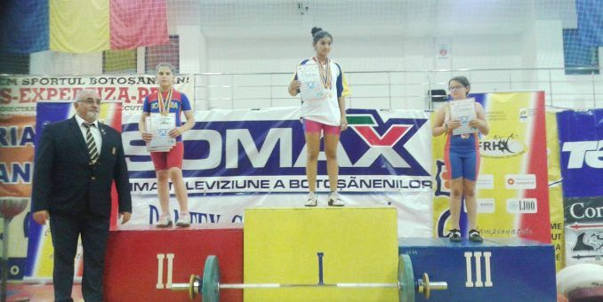 Salbă de medalii pentru halterofilii juniori ai CSM-ului