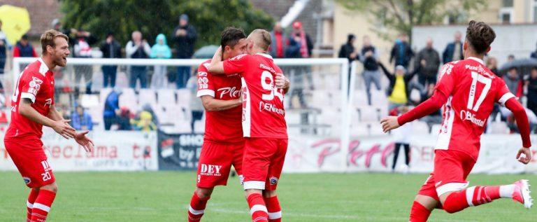 UTA zâmbeşte, în sfârşit, la Şiria: 3-0 cu Miroslava