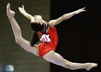 Gimnasta Iulia Berar este campioană naţională la junioare