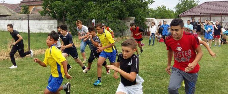 """Programul """"Campionii României"""" în Arad, la Generală 7, 1 și """"Textil"""""""