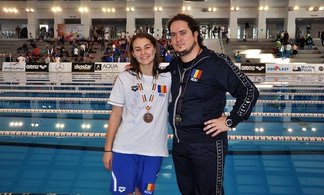 Înotătoarea Alexia Bășcărău a urcat pe podiumul european