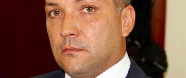 Directorul DJST Arad vrea reabilitarea totală a bazinului și Polivalentei