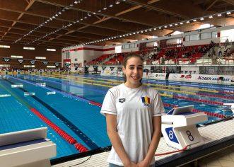 Înotătoarea Andreea Popescu, premieră sub tricolor