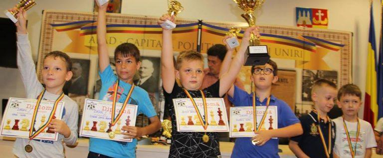 Şahiştii de la Pedagogic sunt campioni şcolari