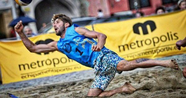 Fan Arad, debut cu dreptul în sezonul de beach-volley