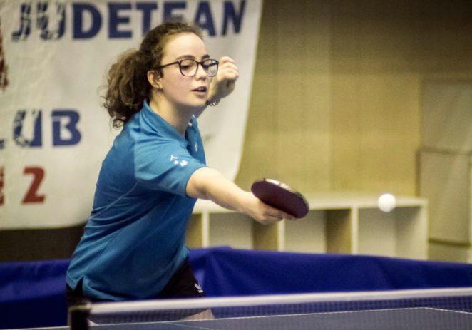 Cadeta Irina Rus, în optimi cu naţionala de tenis de masă