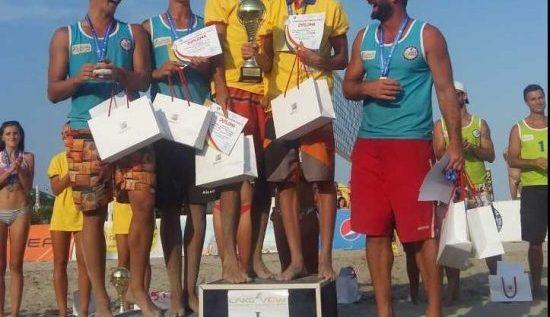 CS Fan Arad, aur naţional la volei pe plajă!