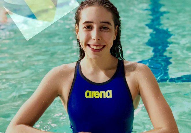 Înotătoarea Andreea Popescu a făcut valuri în Serbia