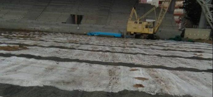 Nu mişcă aproape nimic, la stadionul UTA! Continuă batjocura