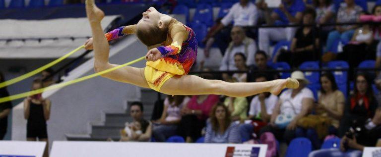 Gimnastele de la ritmică au centru olimpic, la Arad