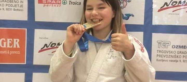 Judoka Carolina Szabo a cucerit aurul la Lendava