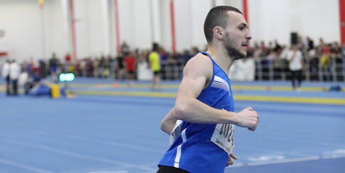 Atletul Nicolae Coman, dublu medaliat naţional în sală