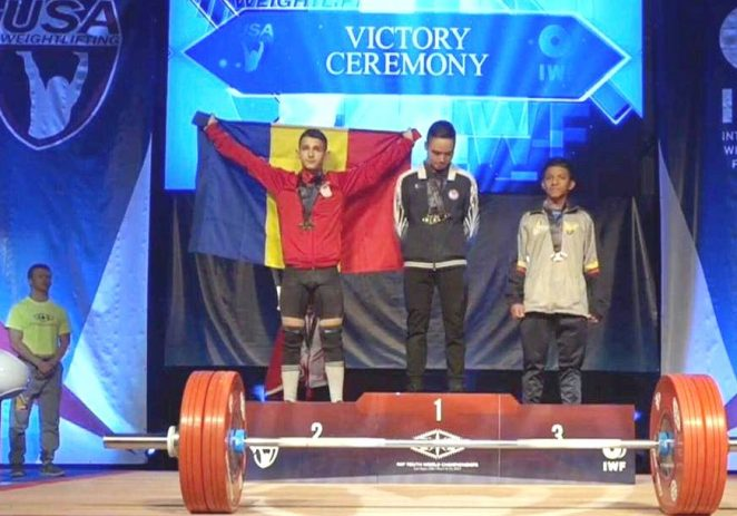 Aradul are triplu medaliat mondial de cadeţi, la haltere!